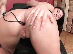 Pleasure Beads Up The Teenage Asshole Turn Her On