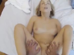 Reverse Cowgirl Fucking Makes The Curvy Girl Feel Good