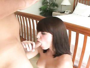 Curvy Ass Girl Earns Money To Fuck On Camera