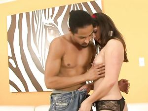 Young Babe Amber Sky Fucked By A Big Black Cock