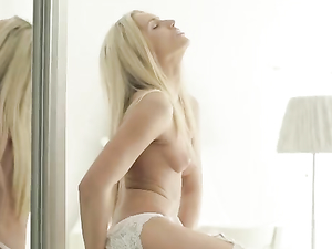 Teenager Clad In Sexy White Lingerie Masturbates