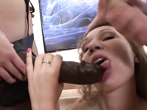 Teen Lingerie Girls Fucking Strapons And His Cock