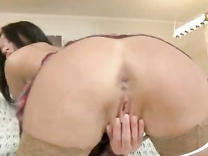 Russian Teen Loves Getting Her Pussy Pounded