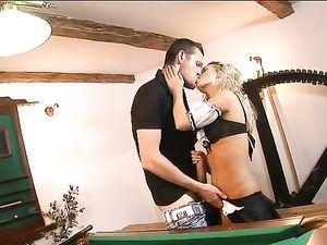 Big Dong Cums Inside Blonde Princess' Tight Cunt